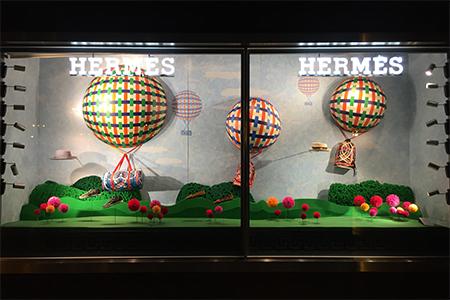 Escaparates de verano Hermès tinkering by INSTORE