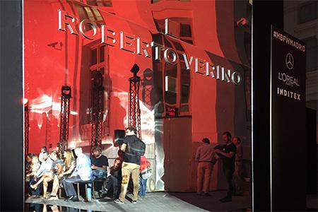 Instalación de pasarela para Roberto Verino