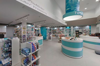 Vinilo impreso con imagenes de agua para el  diseno interior de una farmacia en  Loutraki Grecia