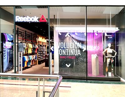 Produccion de escaparate e interior de punto de venta Reebok