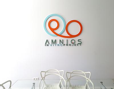 Decoracion clinica Amnios Madrid produccion grafica