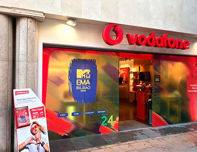 Comunicacion visual de MTV Bilbao 2018 en tiendas Vodafone